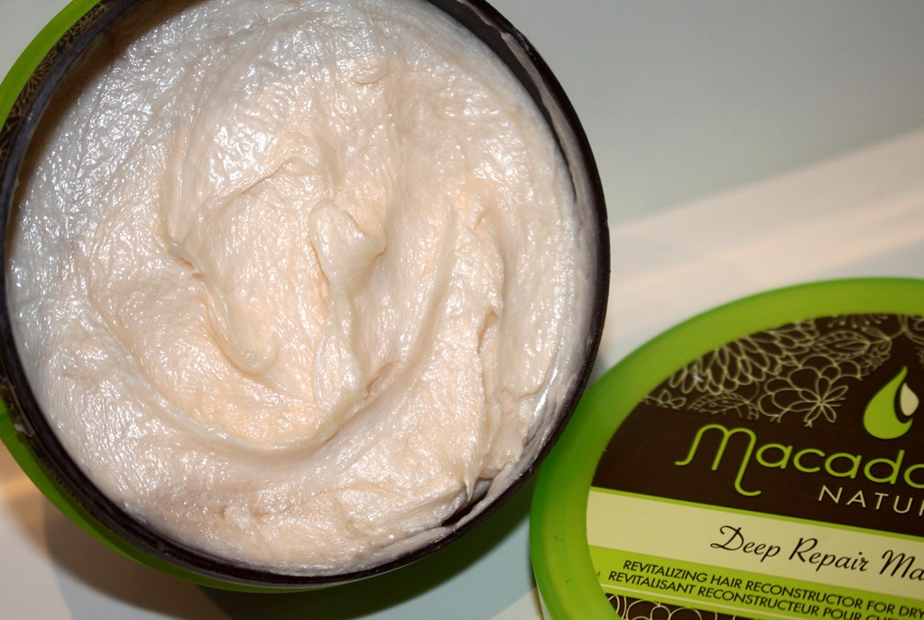 Macadamia Deep Repair Masque texture