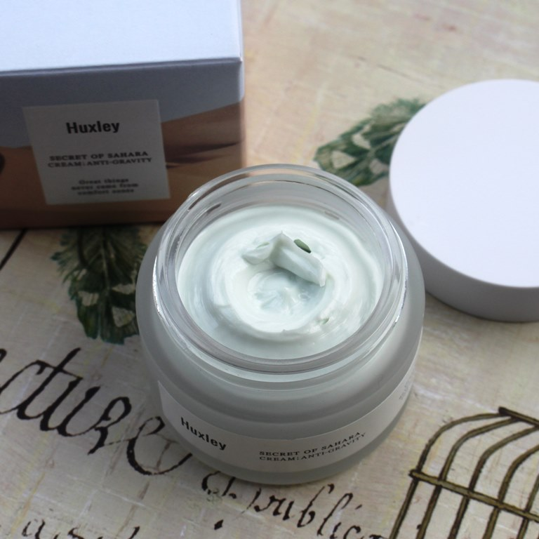 Huxley Anti-Gravity Cream Texture