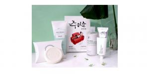 Style Korean Glowing Clover Set