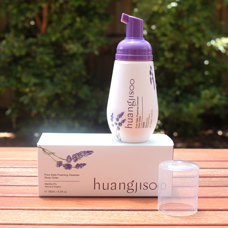 Huangjisoo Pure Daily Foaming Cleanser (Deep Clean) Packaging