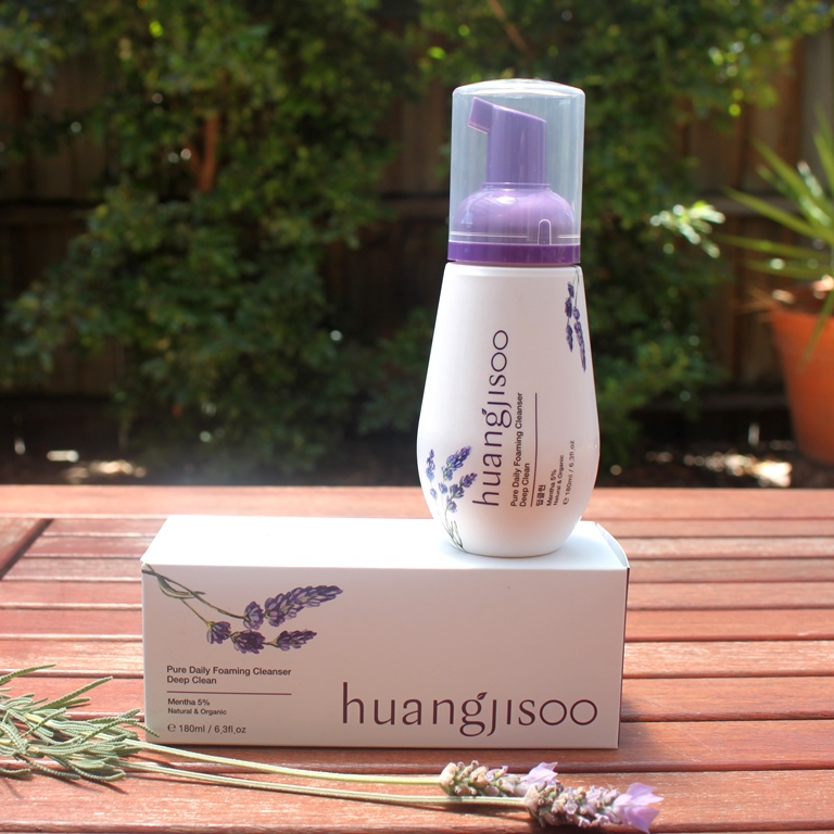 Huangjisoo Pure Daily Foaming Cleanser (Deep Clean)