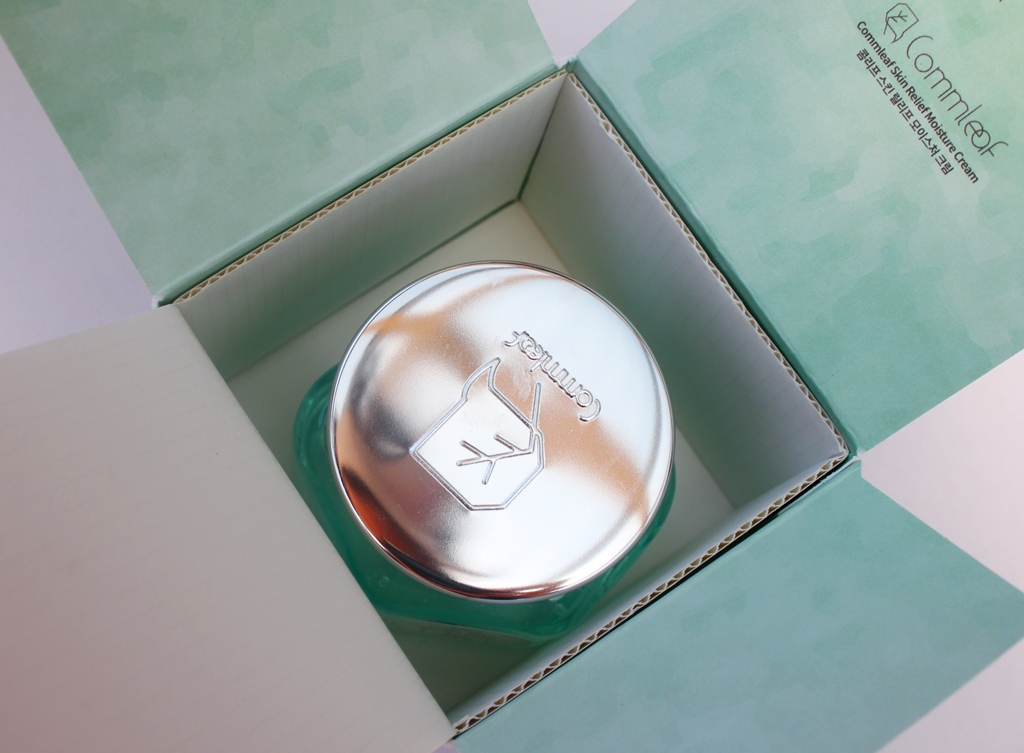 Commleaf Skin Relief Moisture Cream Packaging