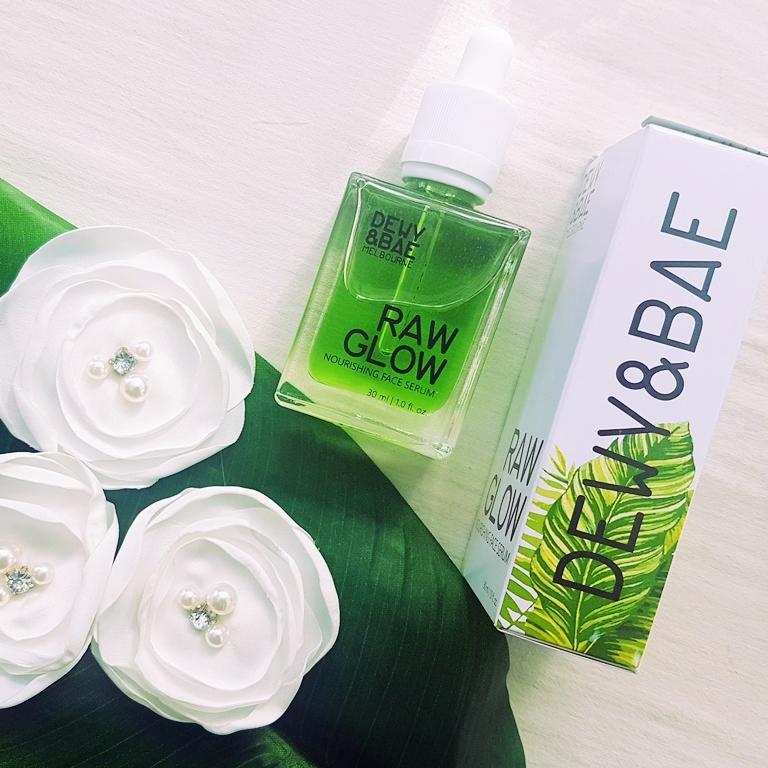 Dewy & Bae Raw Glow Packaging