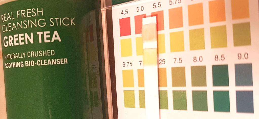Neogen Green Tea Cleansing Stick pH