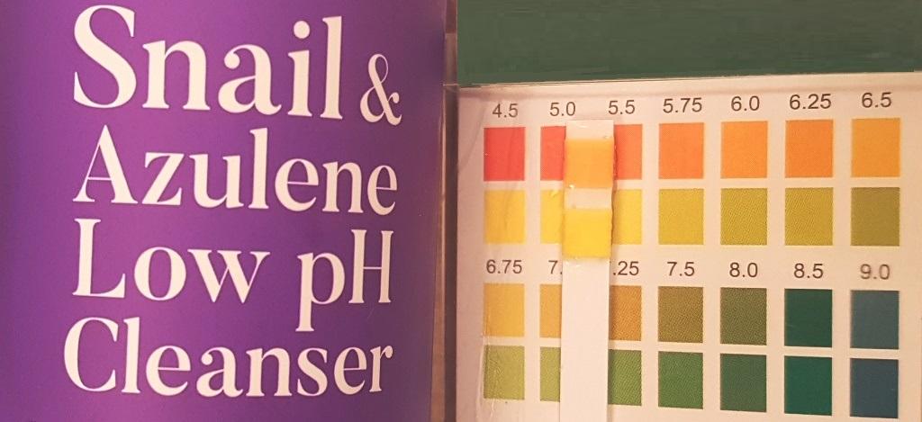Tia'm Snail & Azulene Low pH Cleanser pH Test